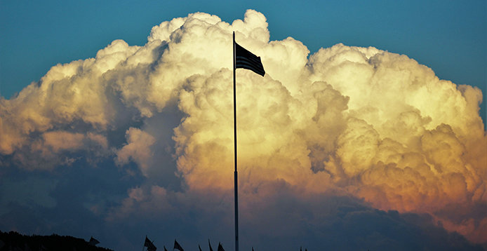 694-358-flag-cloud.jpg?Revision=bbGY&Timestamp=87C8qG