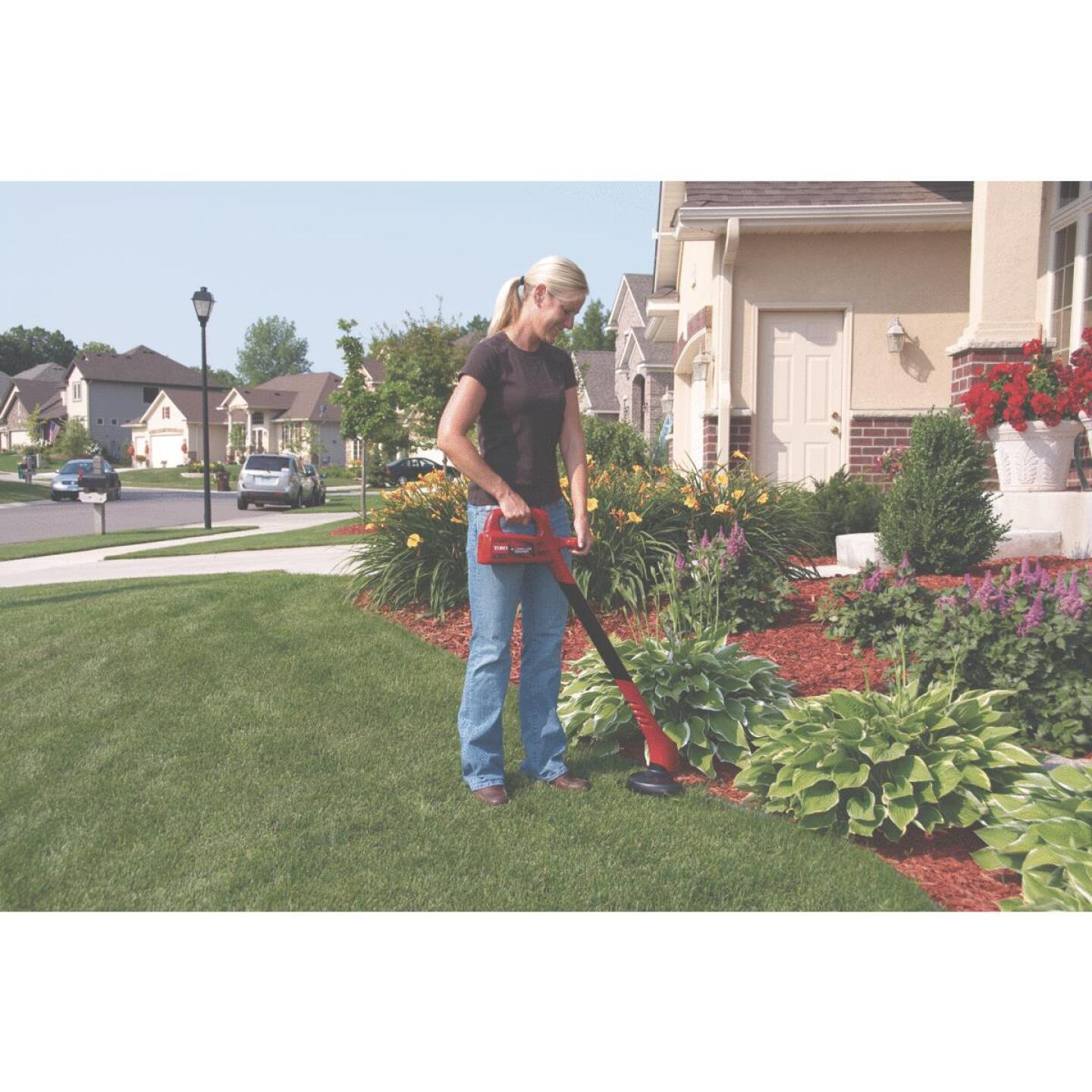 Toro 12V 8 In. Ni-Cad Straight Cordless String Trimmer Image 6